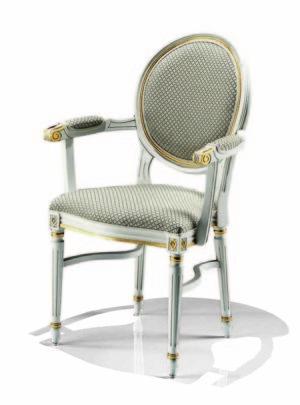 Bakokko_carved-padded-armchair-semi-padded-armrest_8024_A