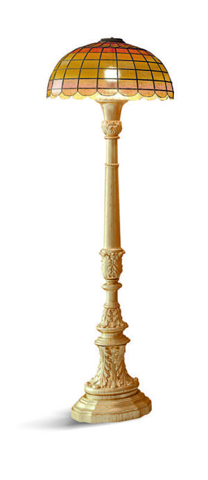 Bakokko_Carved-floor-lamp_LM20-P