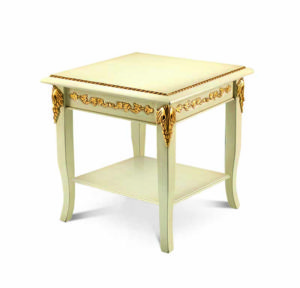 Bakokko_Montalcino-carved-small-table_1470LQ_TL