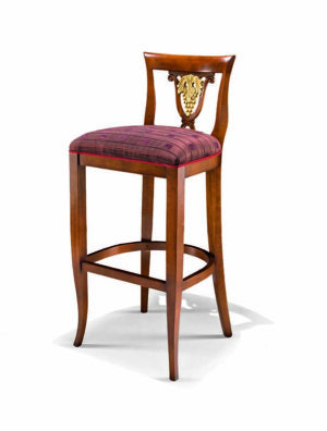 Bakokko_Carved-bar-stool_1490V2_B