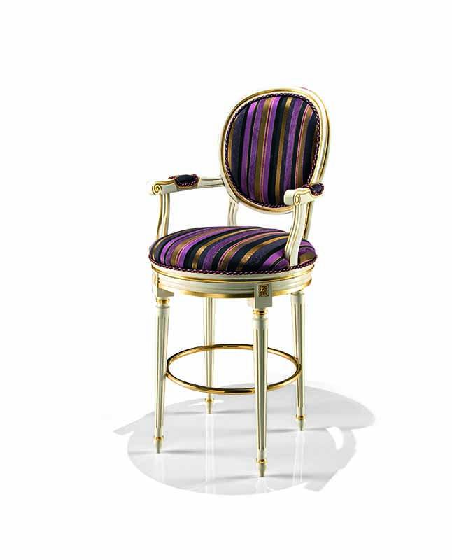 Bakokko_Padded-bar-stool-with-semi-padded-armrest_1701_B