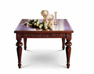 Bakokko_San-Marco-Square-carved-table_4003_T