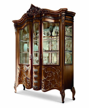 Bakokko_Vittoria-Carved-display-cabinet-double-shaped-doors_4600